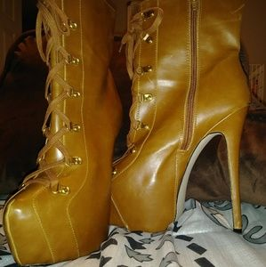 🌟🎆SEXY HEELED BOOTS🎆🌟